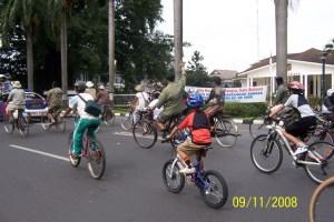 Bersepeda di Bogor